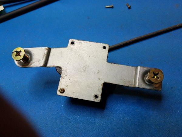 Loyale door lock switch fix hack  - Old Gen : 80's GL/DL/XT/Loyales